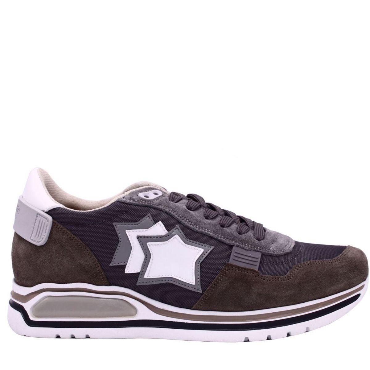 Sneakers modello pegasus marrone Grigio Atlantic Stars